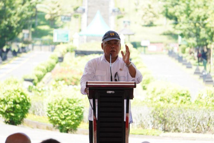Menteri PUPR Basuki Hadimuljono menghadiri seremoni persiapan pembangunan Jalan tol Yogyakarta-Bawen.