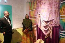 Teknik Airbrush Hadirkan Pesona 4 Warna Dalam Kain Karawo Gorontalo