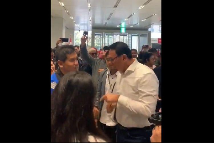Bidik layar video mantan Gubernur DKI Basuki Tjahaja Purnama protes saat ingin mencoblos di TPS Osaka, Jepang.