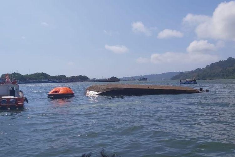 Kapal Pengayoman IV tenggelam di Cilacap