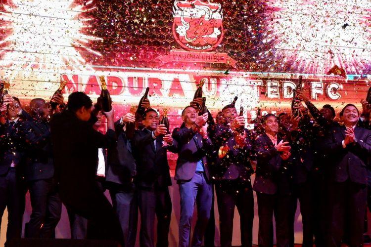 Madura United melakukan launching tim di Hotel Shangrila, Surabaya, Rabu (10/1/2018). Momen itu juga dijadikan ajang memperkenalkan pemain baru seperti Raphael Maitimo.