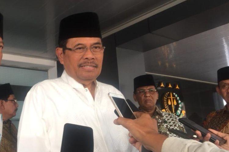 Jaksa Agung HM Prasetyo di Kompleks Kejagung RI, Jakarta Selatan, Jumat (31/5/2019).