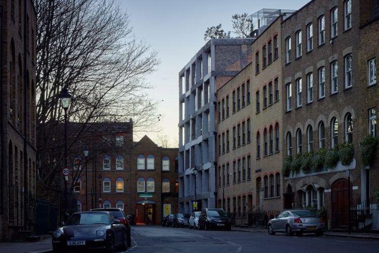 Gedung 15 Clerkenwell Close di London.