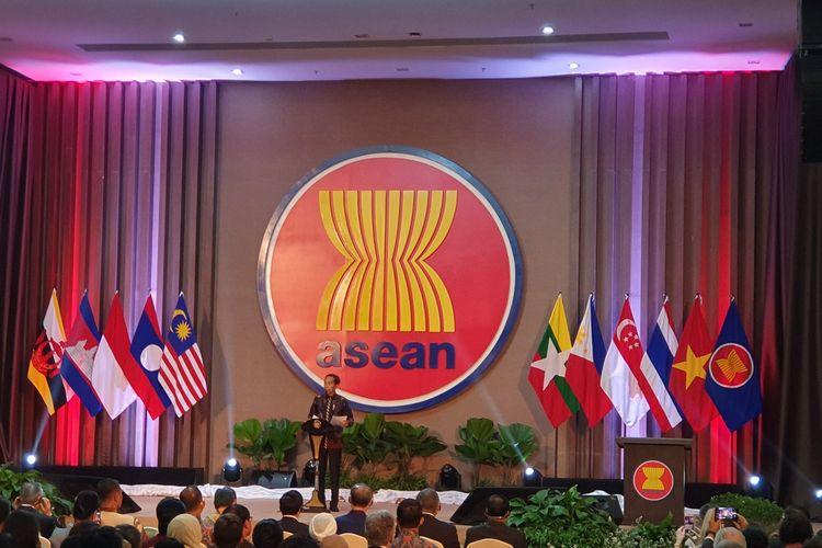 Presiden Joko Widodo meresmikan gedung Sekretariat ASEAN di kawasan Kebayoran Baru, Jakarta Selatan, Kamis (8/8/2019).