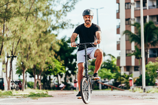 Benarkah Terlalu Sering Bersepeda Sebabkan Disfungsi Ereksi?