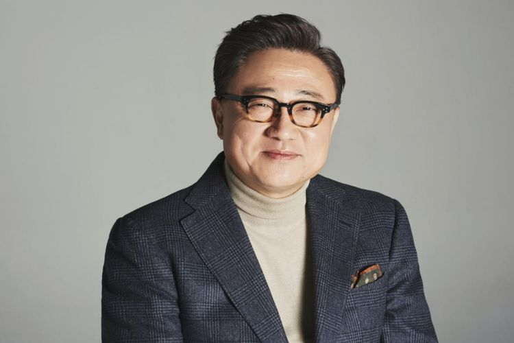 DJ Koh, President and CEO of IT & Mobile Communication DIvision Smasung Electronics