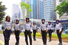 Mengenal Petugas Wanita Bersepatu Roda di