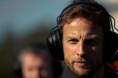 Helm Khusus Jenson Button untuk Sang Ayah