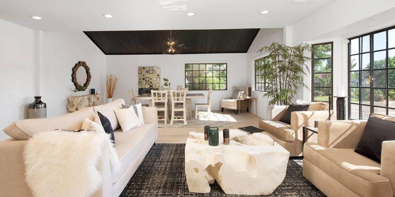 Ruang keluarga bergaya peternakan di rumah baru J.Lo dan tunangannya Alex Rodriguez.