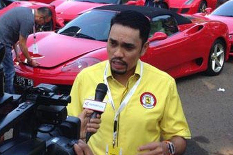 Ahmad Sahroni sebagai Presiden Ferrari Owners Club Indonesia.