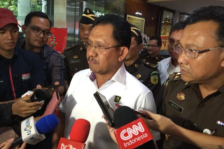 Jaksa Agung Muda Tindak Pidana Khusus Adi Toegarisman di Gedung Bundar Kejaksaan Agung, Jakarta Selatan, Rabu (20/11/2019).