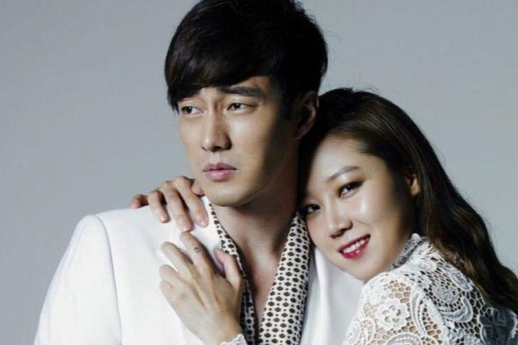 Gong Hyo-Jin dan So Ji-Sub, bintang utama dari film The Masters Sun (2013) yang tayang di VIU.