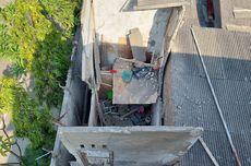 Tragedi Rumah Ambruk di Kalideres, Remaja Cari Jasad Ibu dan Adiknya yang Berpelukan Tertimpa Reruntuhan