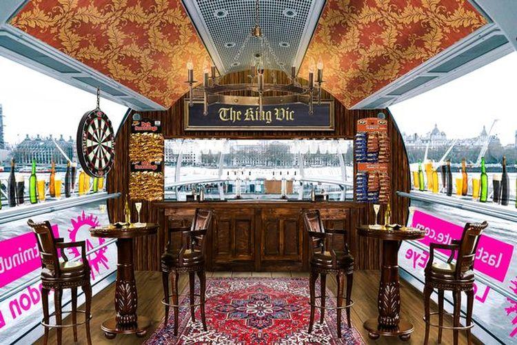 Kabin tema bar khas Inggris