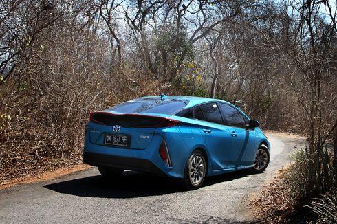 Lebih Intim dengan Toyota Prius PHEV