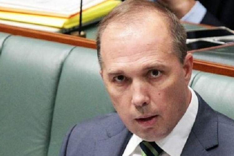 Peter Dutton memaksudkan pesan kasar itu pada seorang bekas menteri.