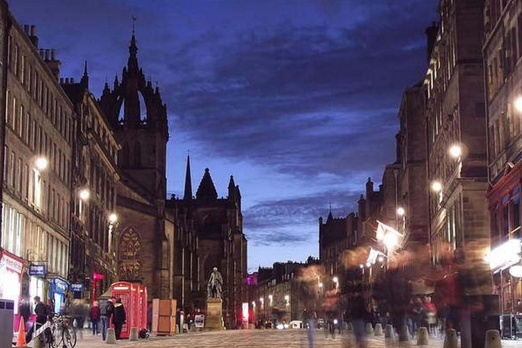 Edinburgh?s Royal Mile, Skotlandia.