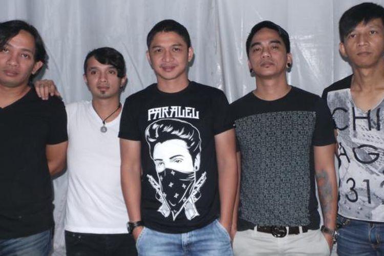 Band Ungu di Tasikmalaya, Jawa Barat, Sabtu (21/9/2013)
