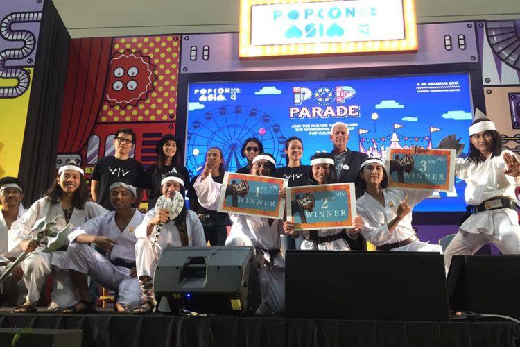 Para pemain dan tim produksi film Wiro Sableng 212 dalam sebuah bincang-bincang pada acara kultur Popcon Asia di Hall B, Jakarta Convention Center (JCC), Jakarta Pusat, Sabtu (5/8/2017).