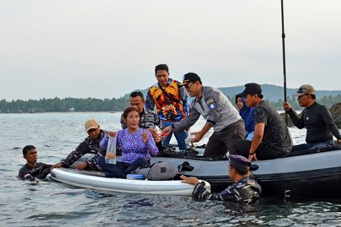 Menteri Susi Pimpin Pelepasliaran Benih Lobster Ilegal Senilai Rp 37 Miliar