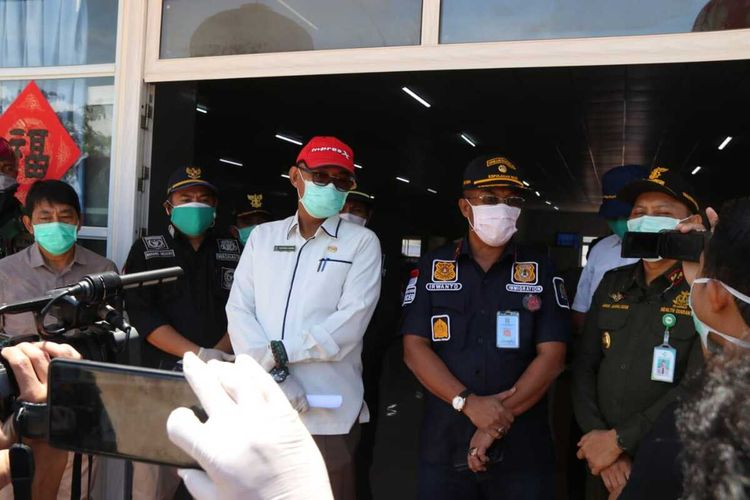 Atas arahan Bupati Bintan Apri Sujadi melalui videoconfrence di PT BAI, 39 TKA asal China ini akan dipulangkan besok, Kamis (2/4/2020) melalui Jakarta, Rabu (1/4/2020)
