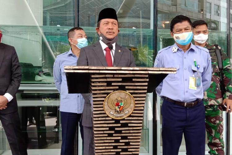 Menteri Kelautan dan Perikanan Sakti Wahyu Trenggono dalam lawatannya ke Gedung Mina Bahari IV Kementerian Kelautan dan Perikanan usai dilantik jadi menteri, Rabu (23/12/2020).