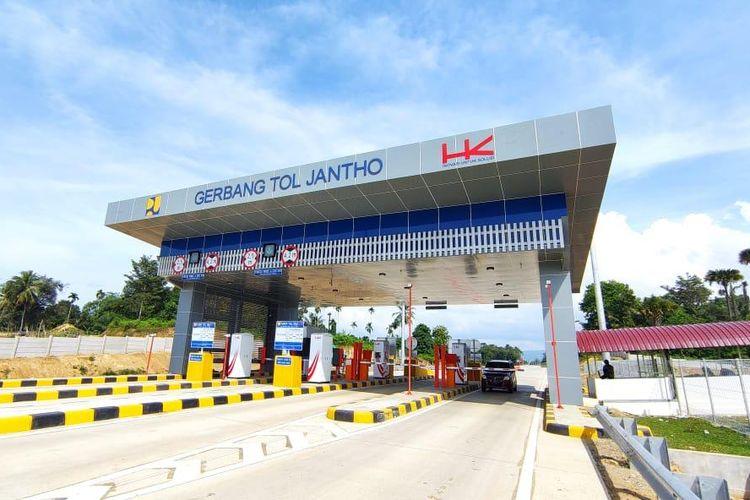 Gerbang Tol (GT) Jantho di Tol Sigli-Banda Aceh Seksi 3 (Jantho-Indrapuri).