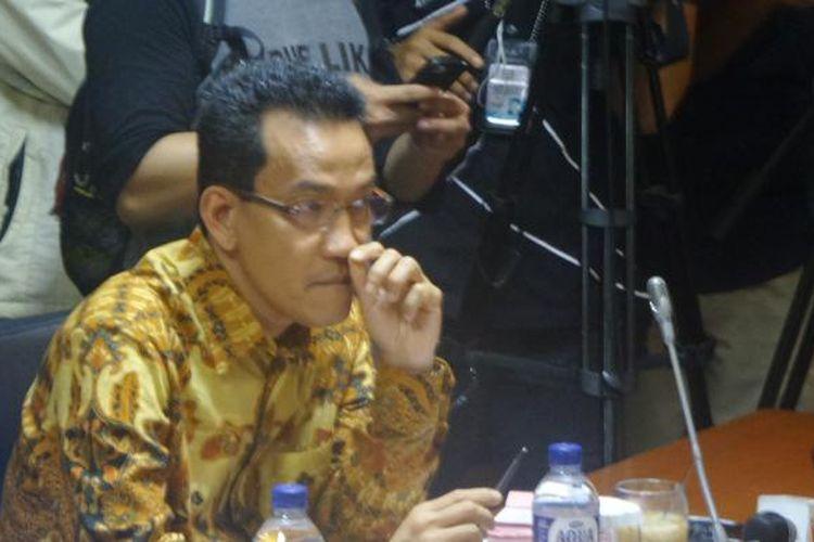 Pakar Hukum Tata Negara Refly Harun saat memberikan masukan pada rapat pleno Badan Kehormatan DPD, Senin (19/9/2016)