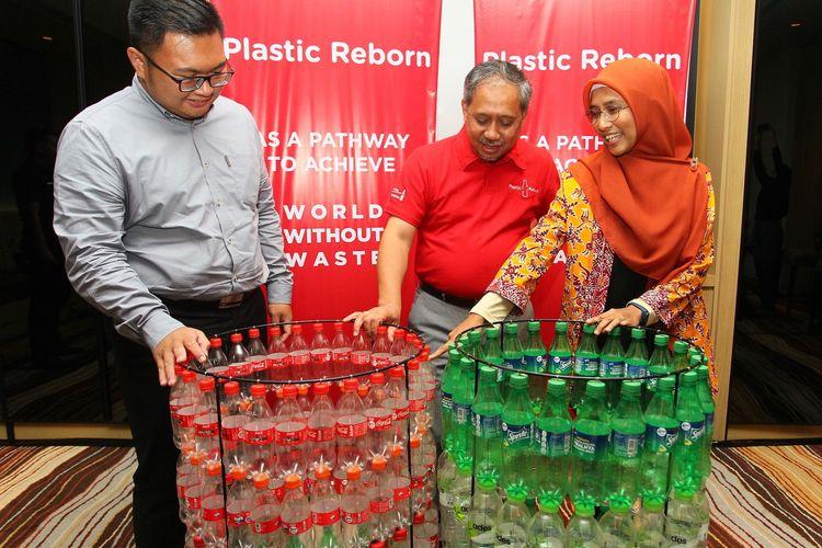 acara coca-cola plastic reborn