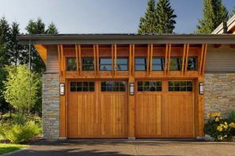 Jangan Salah... Pintu Garasi Itu Investasi Rumah Anda!