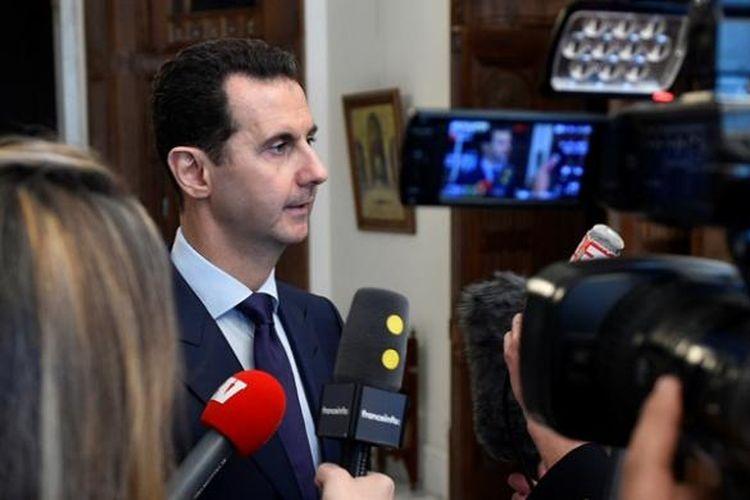 Presiden Suriah Bashar al-Assad saat diwawancarai sejumlah media Perancis di Damaskus.