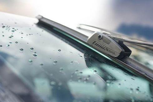 Jangan Sembarangan Hilangkan Wiper Mobil, Akibatnya Bisa Berbahaya