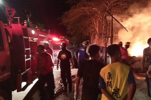 Bangunan Mebel di Ambon Terbakar, Warga Sempat Dengar Bunyi Ledakan