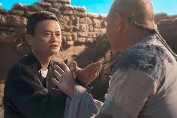 CEO Alibaba Jack Ma (kiri) bertarung melawan Jet Li dalam film pendek Gong Shou Dao.