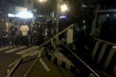 Mayat Pelaku Pelempar Bom Dibawa ke Bandung