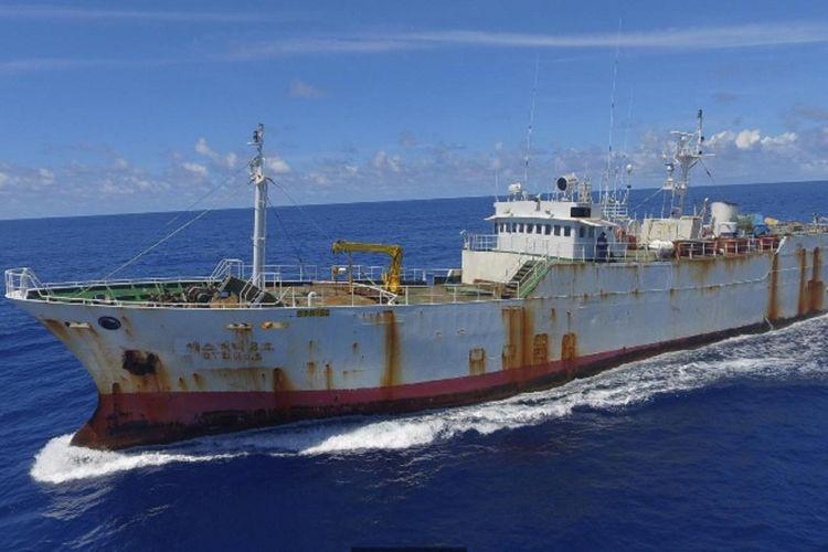 Inilah kapal ikan Andrey Dolgov yang 10 tahun merampok ikan di seluruh dunia.