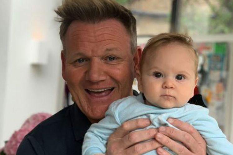 Chef Gordon Ramsay dan putranya, Oscar.