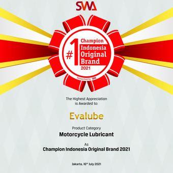 Evalube berhasil meraih pengahragaan Indonesia Original Brand (IOB) kategori oli motor