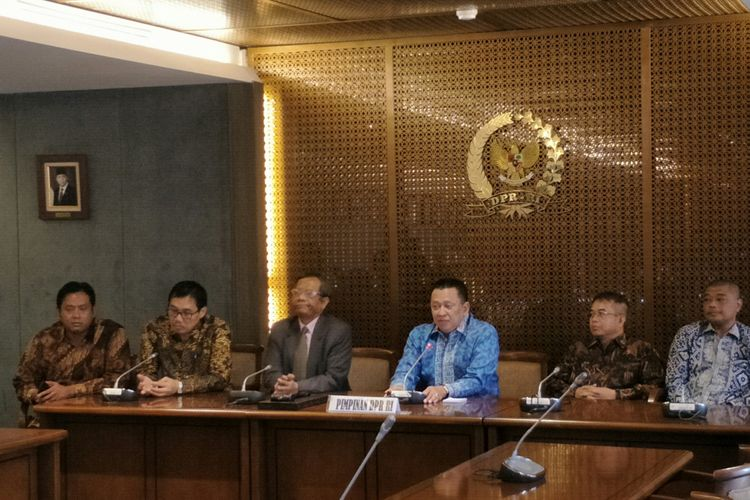 Ketua DPR Bambang Soesatyo bersama tim UKP PIP di Kompleks Parlemen, Senayan, Jakarta, Kamis (25/1/2018)