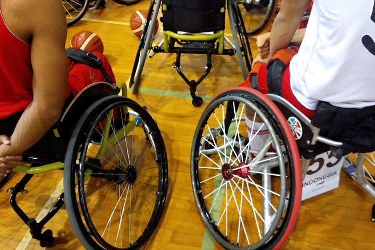 Kursi roda khusus yang digunakan oleh para atlet difabel Indonesia.