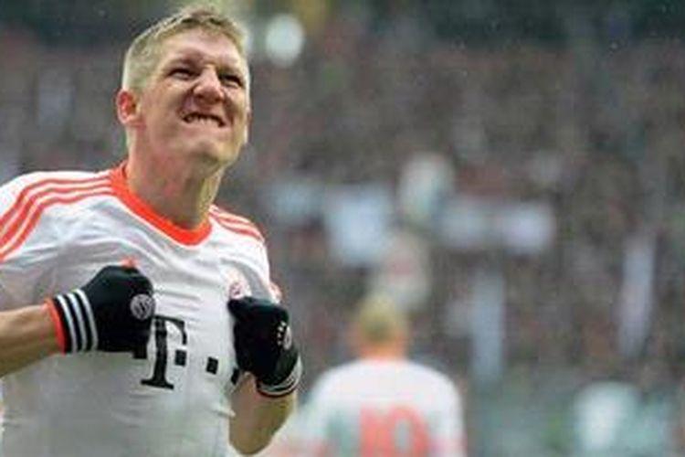 Gelandang Bayern Muenchen, Bastian Schweinsteiger.