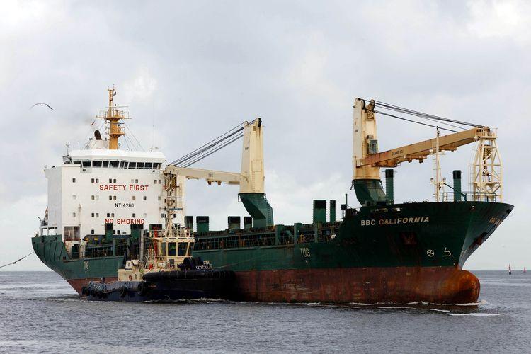 Kapal kargo berbendera Antigua dan Barbuda BBC California, saat berlabuh di Fremantle, Australia, pada 19 Juli 2021. Setengah kru kapal yang sempat singgah ke pelabuhan Indonesia diduga terpapar Covid-19.