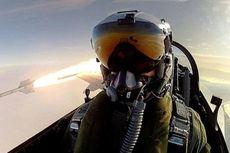 Sambil Menembakkan Roket, Pilot AU Denmark Buat