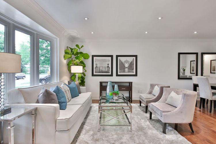 Ilustrasi ruang keluarga atau mendekorasi ruangan