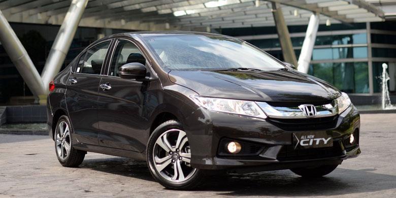 Sedan mini andalan Honda di Indonesia, buah impor CBU dari Thailand.