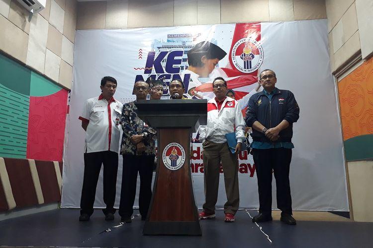 Menpora Zainuddin Amali saat melakukan konferensi pers di kantor Kementerian Pemuda dan Olahraga, Kamis (14/11/2019).