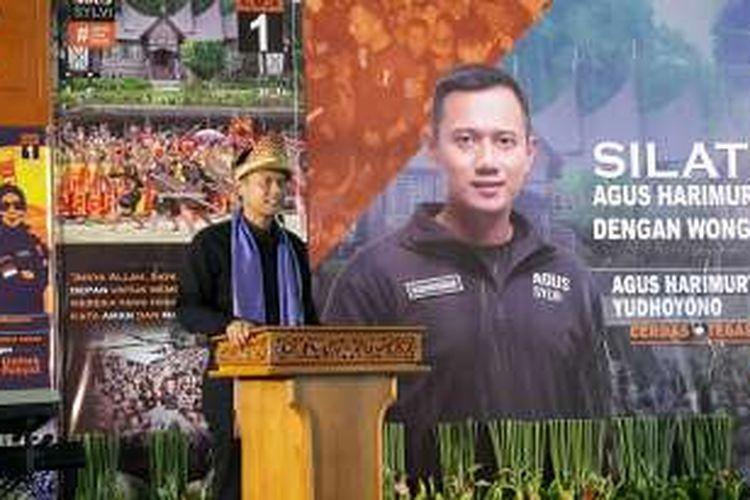 Calon gubernur DKI Jakarta Agus Harimurti Yudhoyono dalam acara silaturahmi bersama warga Sumatera Selatan yang ada di Jakarta. Acara digelar di Is Plaza, Matraman, Jakarta Timur, Selasa (27/12/2016).
