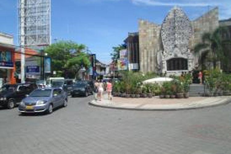 Monumen Peringatan Bom Bali di Jalan Legian, Kuta, Bali.