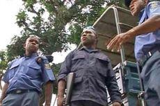 Polisi dan Tentara Papua Niugini Baku Tembak