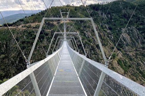 Tembus Pandang, Inilah Jembatan Gantung Terpanjang di Dunia, Berani Coba?